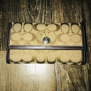 Distressed Coach Women's wallet